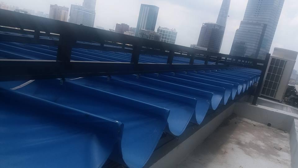mái xếp bạt xếp kéo sóng sân thượng